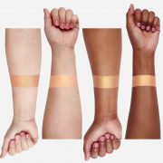 ofra-highlighter-bali-arms-swatch-glow-south-africa